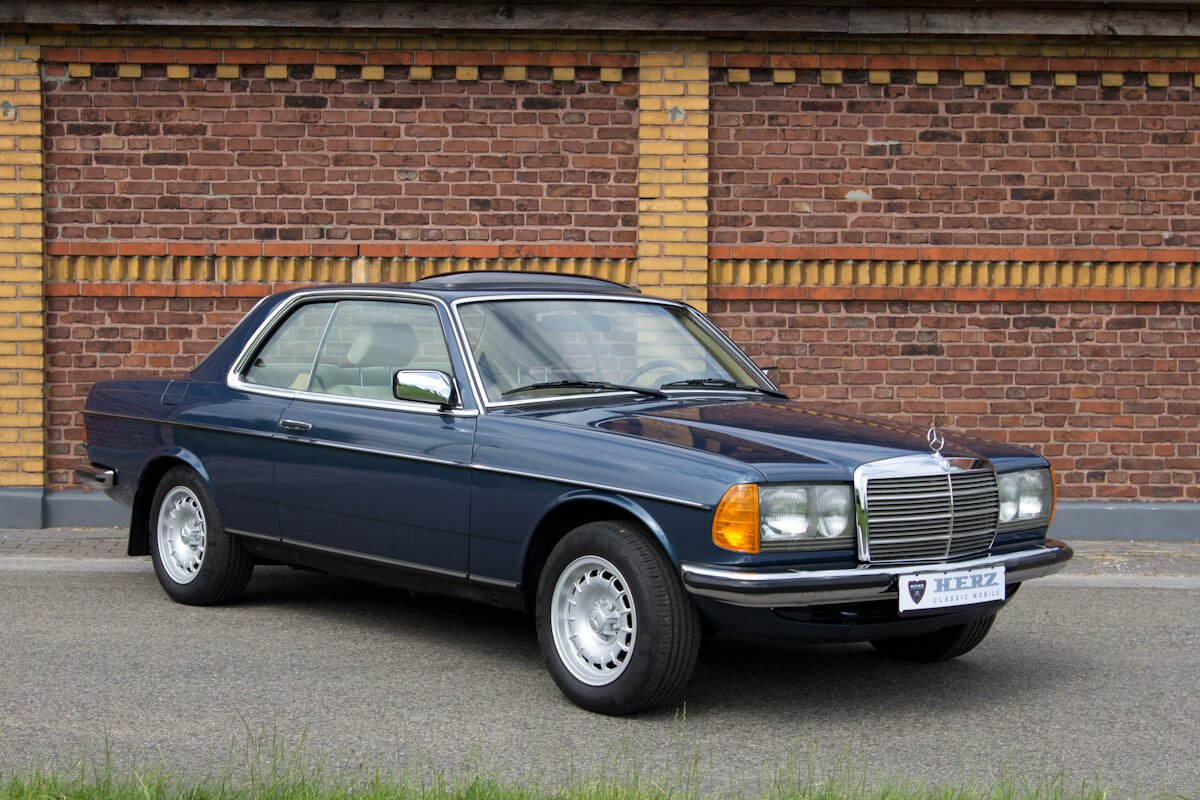 Mercedes-Benz 230CE C123